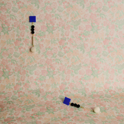 collection_confinement2_photo_format_500x500px-78