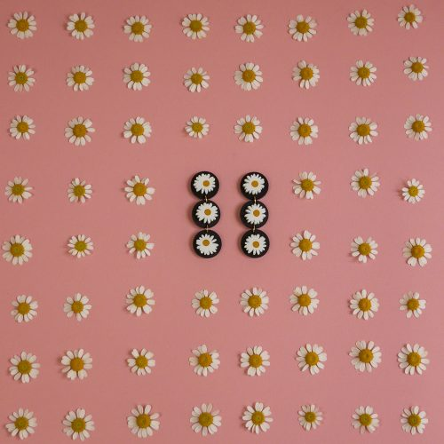 collection_marguerite_noir_packshot_format_1x1-4